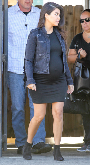 Pregnant Kourtney Kardashian leaving a studio in Los Angeles - 22 October 2014.