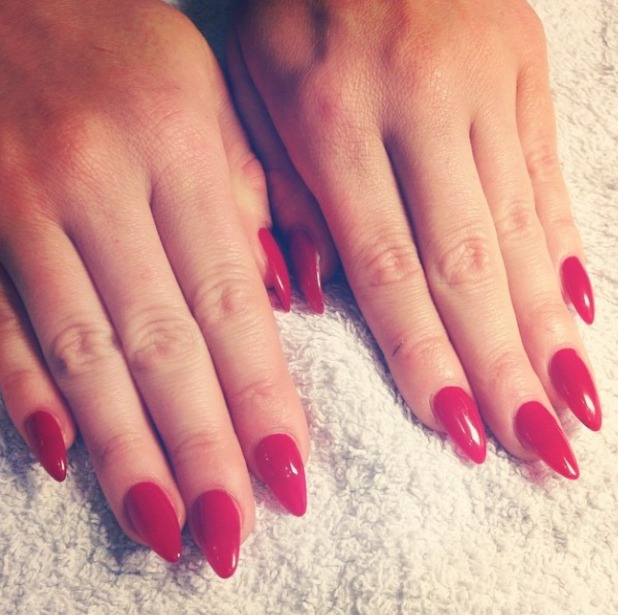 Vicky Pattison shows off her classic red manicure by nail technician Samantha Rolf, Daily Nail, 22 October 2014