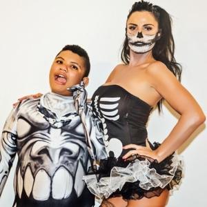 Katie Price celebrates Halloween with husband Kieran Hayler and friends, 31 October 2014