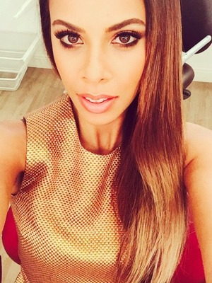 Rochelle Humes poses for a dressing room selfie in gold dress and bronze make-up, 24 October 2014