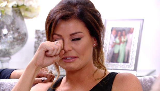 Jessica Wright left in tears after break-up with Ricky Rayment, 2 November 2014