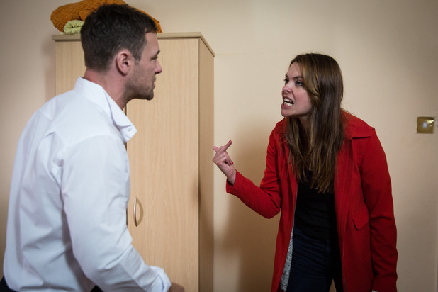 Corrie, will Tracy leave with Rob? Mon 3 Nov