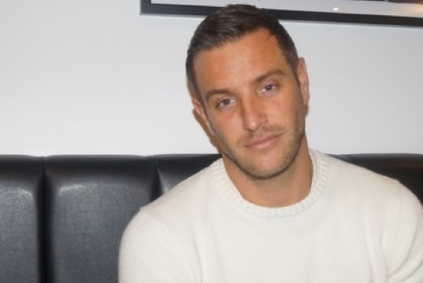 TOWIE Insider, Elliott Wright admits he is finding break-up with Chloe Sims tough to deal with 26 October