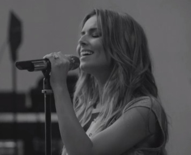 Cheryl Fernandez- Versini sings Only Human acoustic version of Only Human
