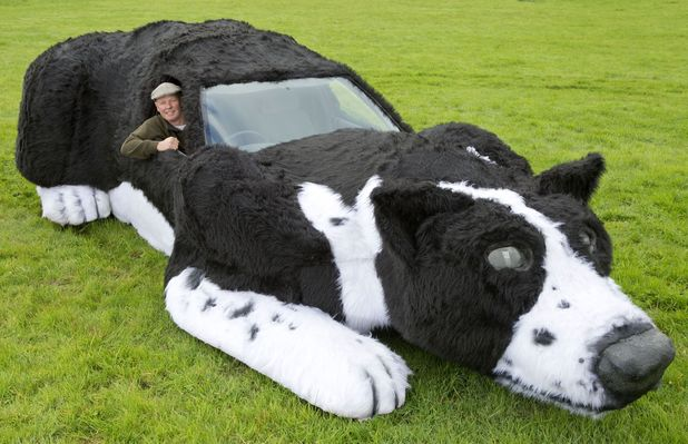 Farmer creates giant sheepdog out of old car