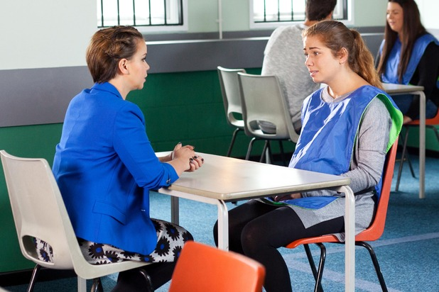 Hollyoaks, Nancy visits Maxine, Thu 6 Nov
