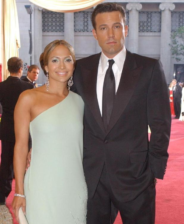 Jennifer Lopez and Ben Affleck at the Academy Awards in 2003. 6 November.