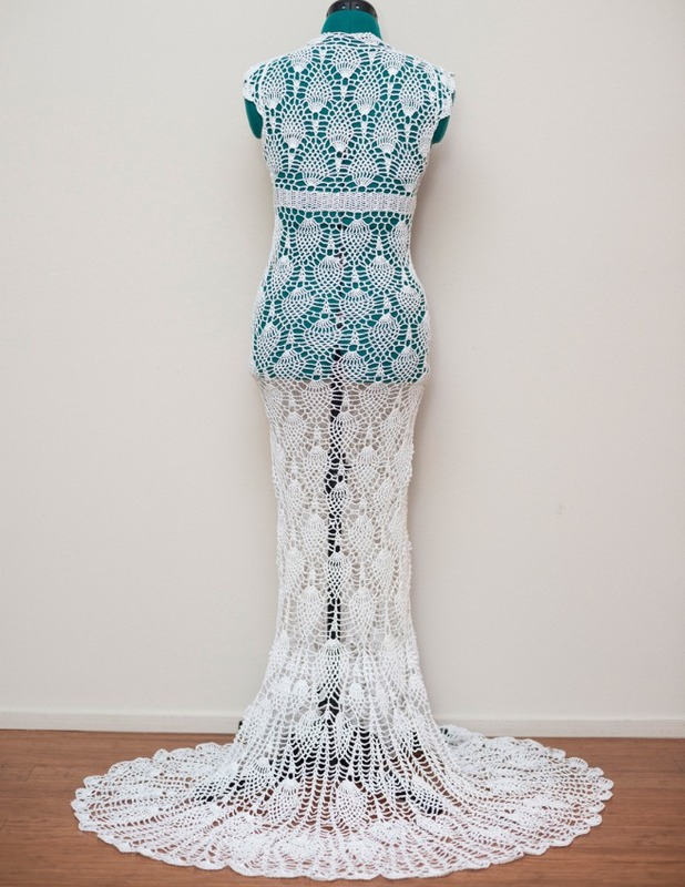 Chi Krneta, I made my wedding dress on the bus