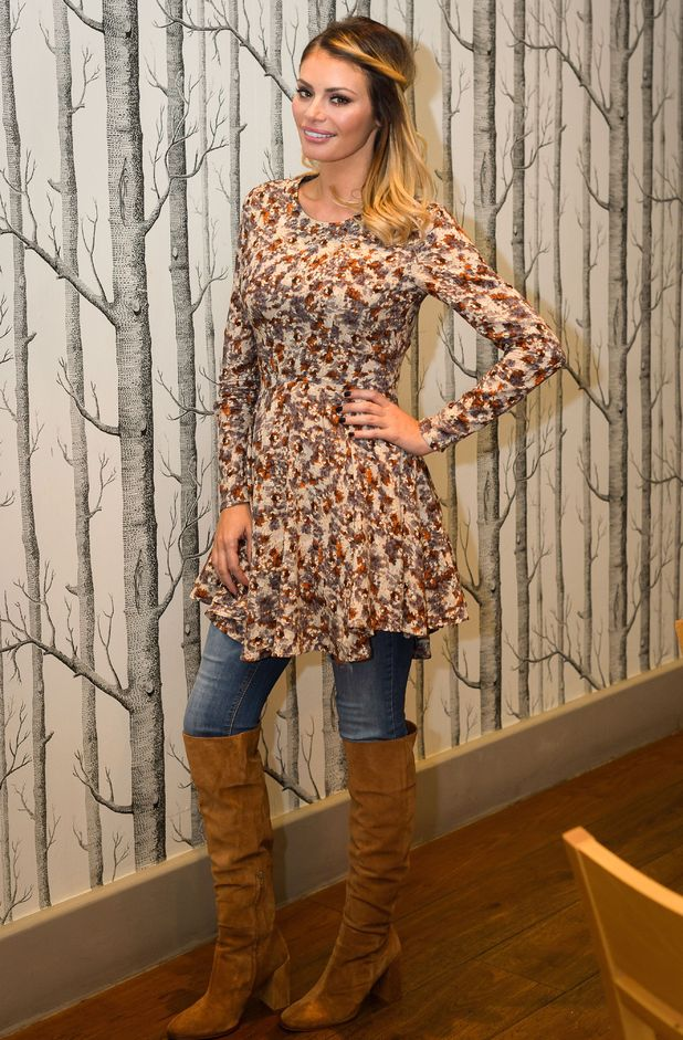 Chloe Sims joins her TOWIE co-stars for a meal in Essex to celebrate her birthday - 2 November 2014