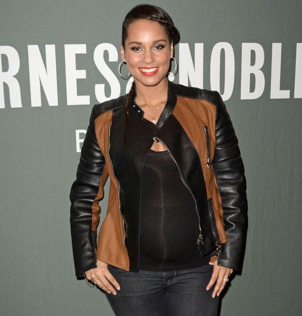 Alicia Keys attends 'Blue Moon' Book Signing, Barnes & Noble, New York 12 November