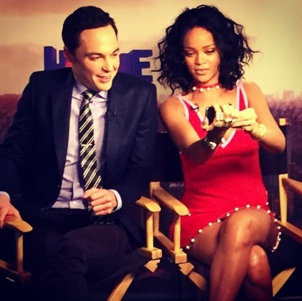 Big Bang Theory star Jim Parsons gets selfie tutorial from Rihanna - 19 November.