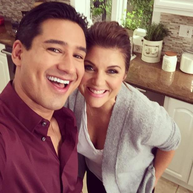 Mario Lopez and Tiffani Theissen have a mini Saved By The Bell reunion backstage on Dinner At Tiffani's - 17 Nov 2014