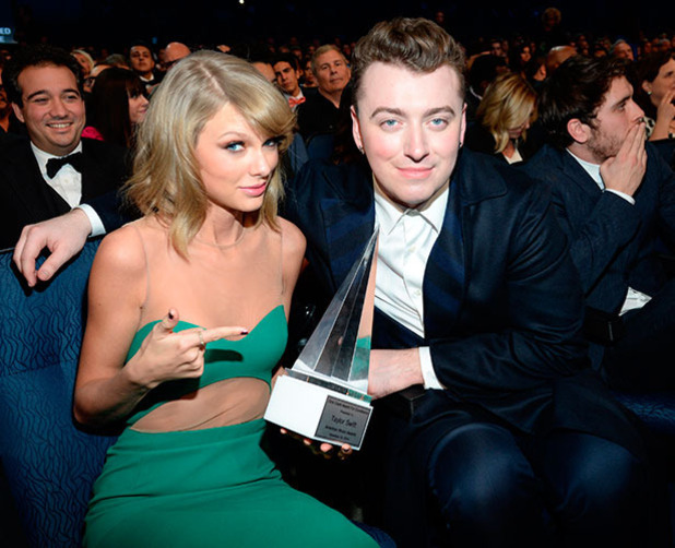 Taylor Swift is Miss Popular at the American Music Awards!