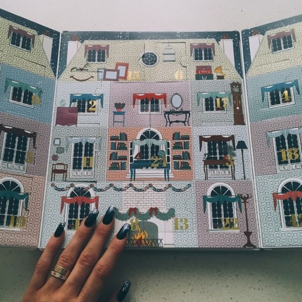 Kylie Jenner takes an Instagram photo of her Ciaté Mini Mani Manor advent calendar - 25 November 2014