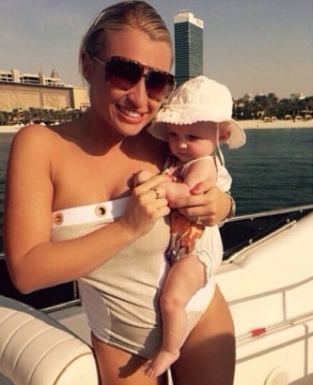 TOWIE's Billie Faiers poses with daughter Nelly in Dubai - 23 Nov 2014