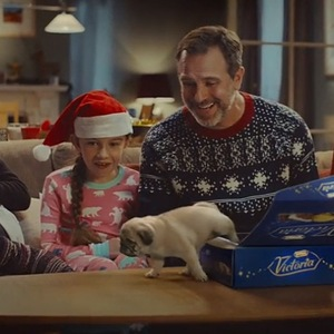 McVitie's Christmas advert for Victoria biscuits December
