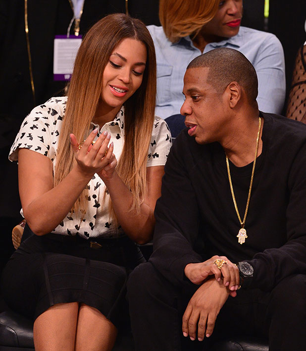 Beyonce and Jay Z at NBA game in New York 8 Dec 2014