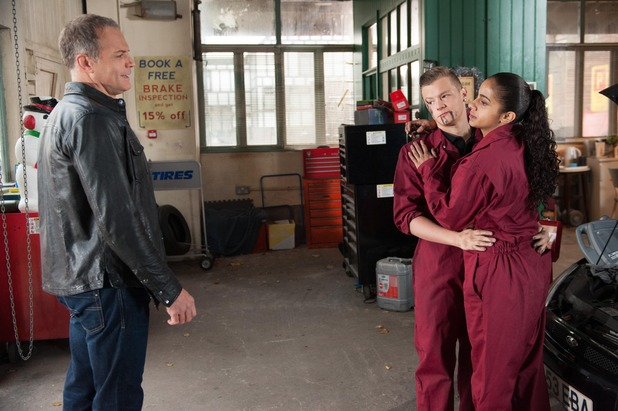 Hollyoaks, Robbie and Phoebe get on Rick's bad side, Thu 18 Dec