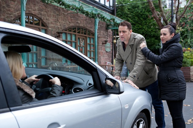 Hollyoaks, Tony tries to stop Diane leaving, Tue 16 Dec