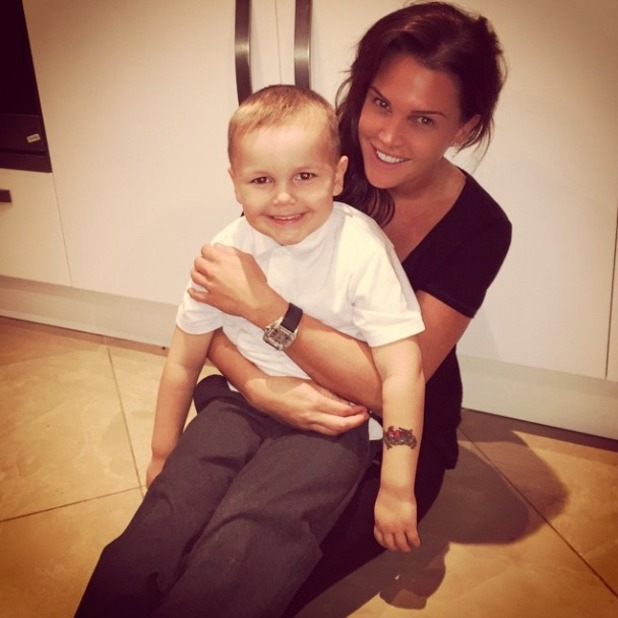 Danielle Lloyd shares picture with her son Archie, 19 December 2014