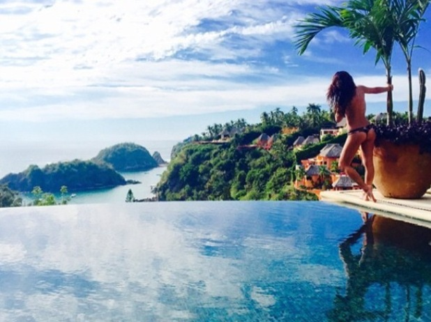 Lea Michele poses topless in Mexico 2 January 2015