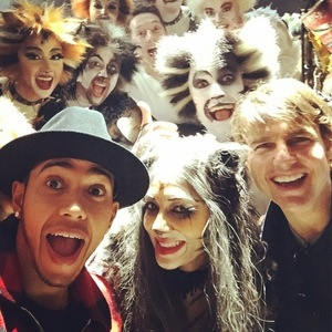 Nicole Scherzinger hangs out with Tom Cruise after performance in Cats in London - 29 December.