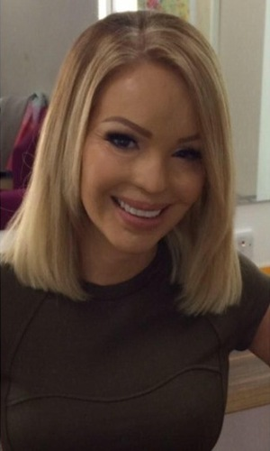 Katie Piper shows off her new shoulder-length bob hairstyle, courtesy of Mikey Kardashian - 5 January 2015