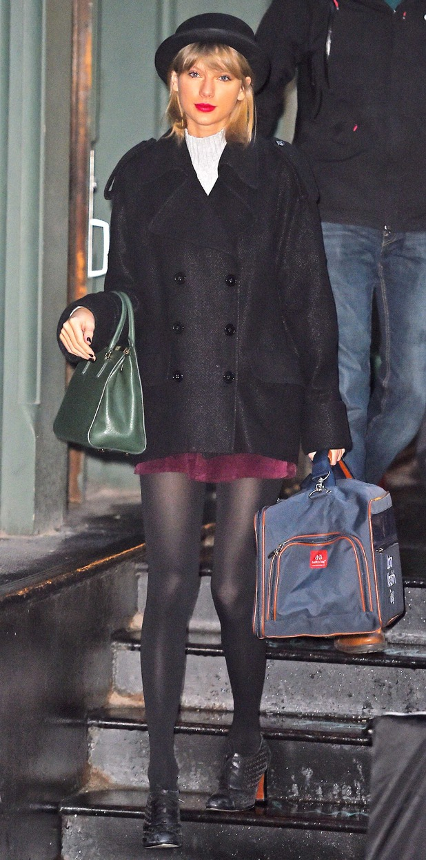 Taylor Swift heads out in New York, America - 3 January 2014