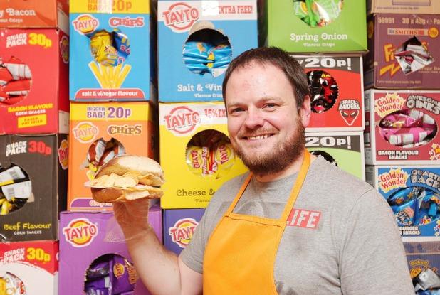 Andrew McMenamin opens first pop-up crisp sandwich shop, Simply Crispy