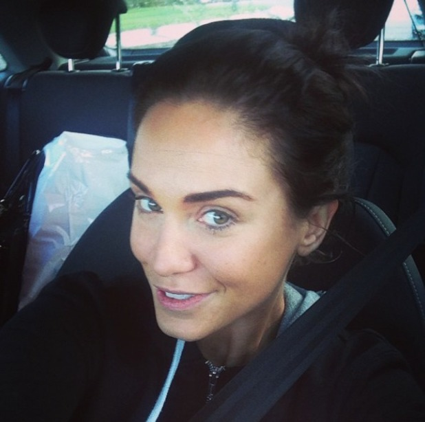 Vicky Pattison takes selfie in car after her work-out, looking gorgeous with no make-up on, 12 January 2015
