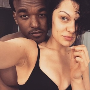 Jessie J and Luke James' bedtime selfie 7 January