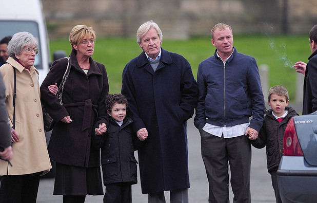 Coronation Street filming - Anne Kirkbride and William Roache. 17.11.08. Manchester, United Kingdom
