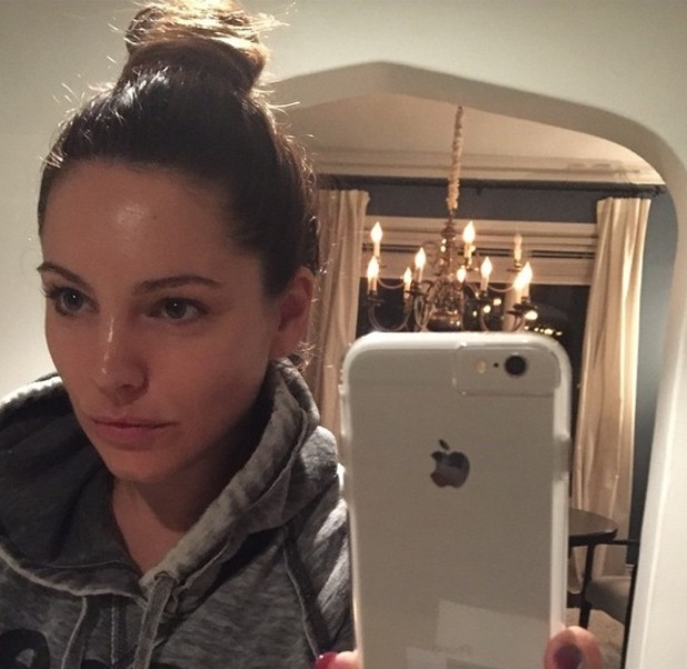 Kelly Brook goes make-up free in latest Instagram 19 January