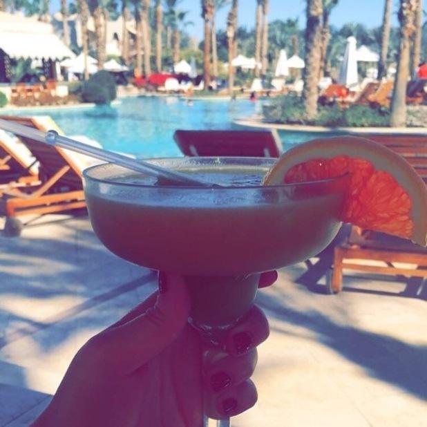Lauren Goodger shares a new sunbathing picture - 22 Jan 2015