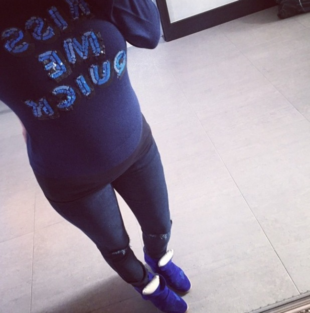 Pregnant Billi Mucklow shares new picture of her baby bump and healthy breakfast - 19 Jan 2015