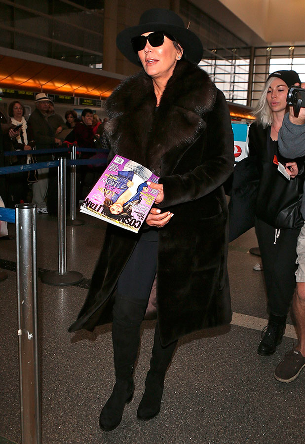 Kris Jenner departs Los Angeles at LAX in great fashion, 20 January 2015