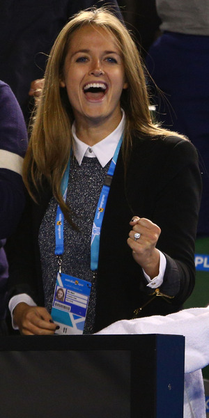 Kim Sears shows off engagement ring supporting Andy Murray at Australian Open, Melbourne 27 January