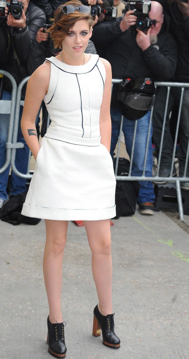 Kristen Stewart at Chanel show for Paris Haute Couture Fashion Week, 27/1/15