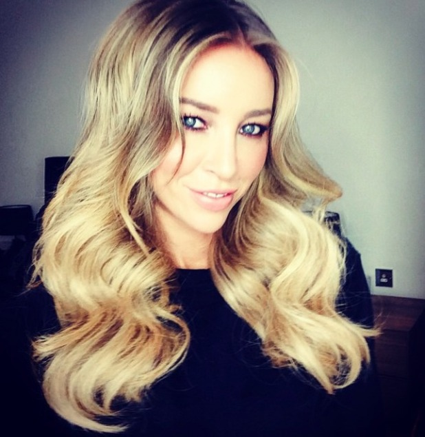 Lauren Pope in clip in Hair Rehab extensions, 27 January 2015