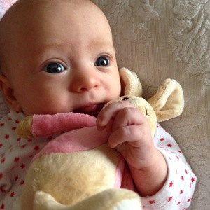 Kimberly Wyatt shares photo of baby Willow 1 February