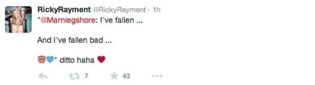 Ricky Rayment and Marnie Simpson confess their feelings for each other on Twitter - 13 Feb 2015