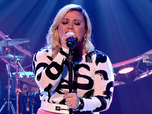 Kelly Clarkson appears on The Graham Norton Show, 20 February 2015