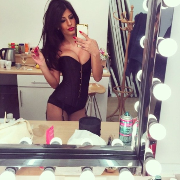 Jasmin Walia poses behind-the-scenes of shoot with Daily Star, 13 February 2015