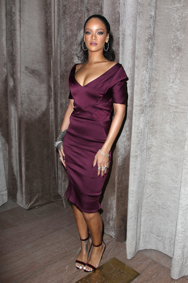 Rihanna looking super-sophisticated at Zac Posen show at NYFW