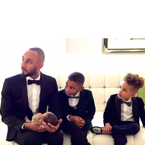 Alicia Keys introduces baby son Genesis to the world in adorable snap, 28 February 2015