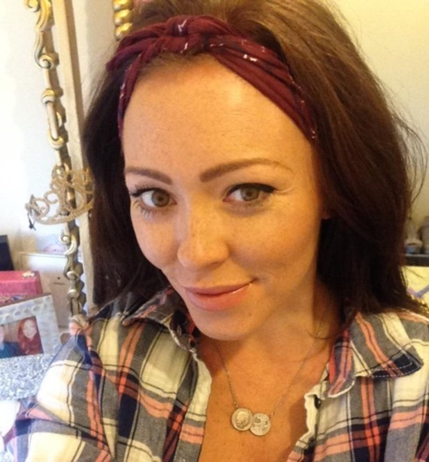 Natasha Hamilton moves into new home with Ritchie Neville and family, Twitter 5 March