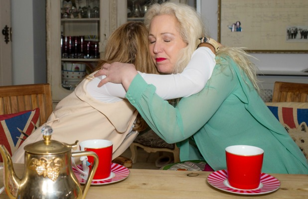 Lydia Bright and her mother Debbie Bright have a heart to heart chat in the kitchen 2 Mar 2015