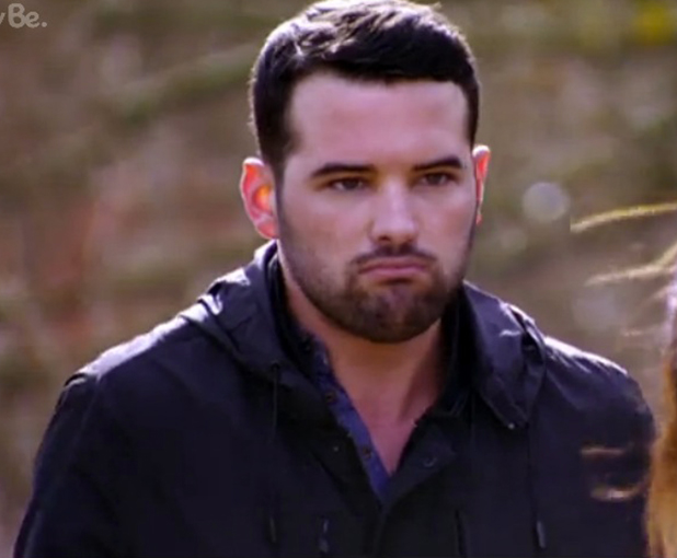 TOWIE's Ricky and Jessica fight while walking dogs, 1 March 2015
