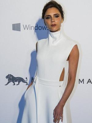 Victoria Beckham attends the amfAR gala in Hong Kong, 14 March 2015