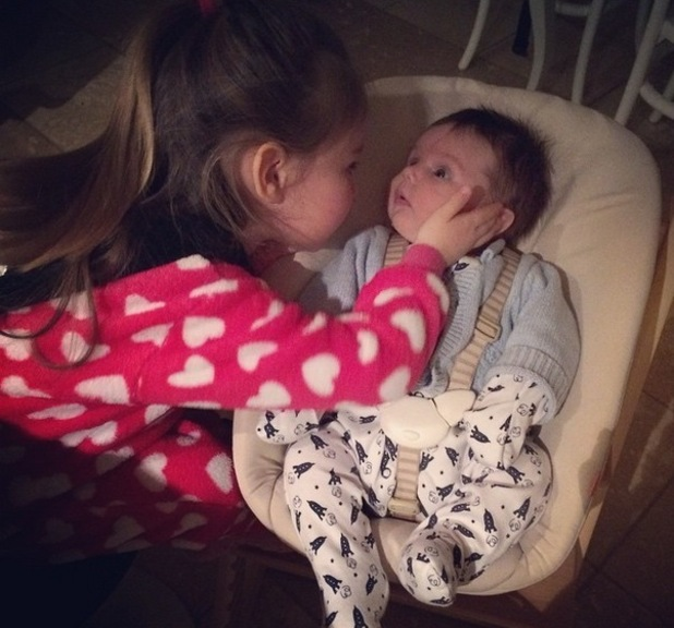 Una Foden shares picture of daughter Aoife-Belle and baby son Tadhg, Instagram 16 March